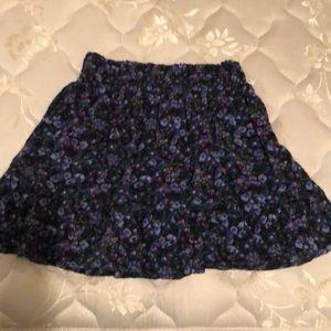 EUC Little girls Aeropostale skirt in a size 5